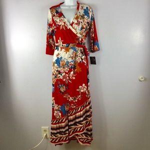 Mlle Gabrielle Red Floral Maxie Dress NWT